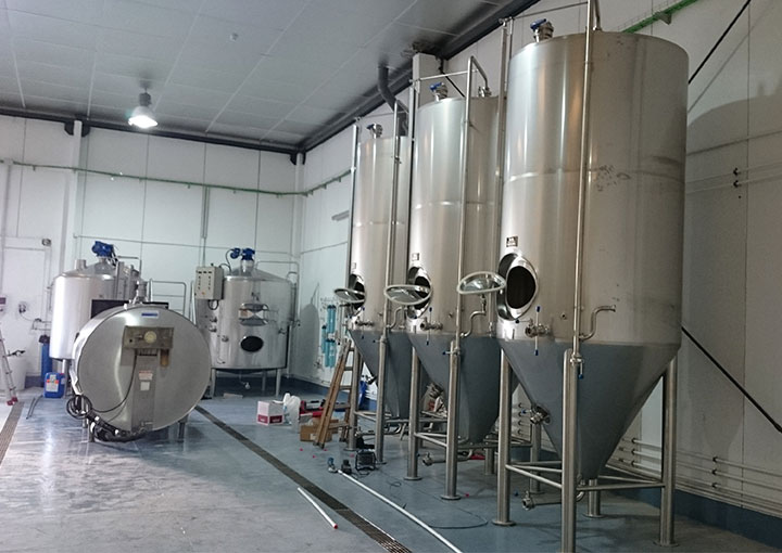 equipo-fabrica-de-cerveza