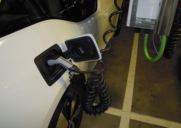 instalacion-de-carga-para-coche-electrico-instalacion